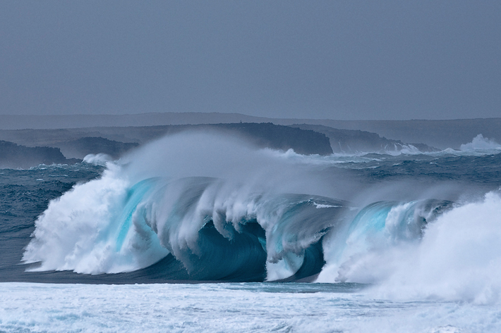 ode to the ocean portugal wave