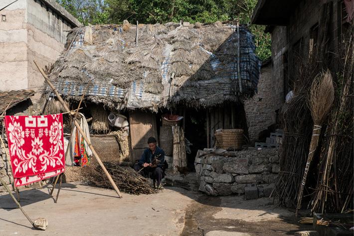 miao tribe unusual homes
