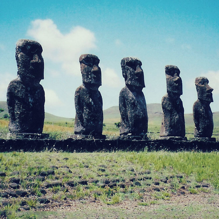 easter island, maptia, global trekkers, irene and rick butler