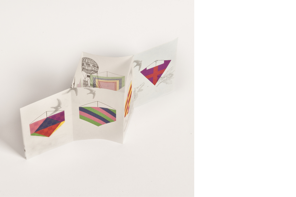 Zine Piparia    Zine cerfs volants  --- Zine, realizado junto da Piparia ( https://www.facebook.com/piparia216?fref=ts )para a feira Tijuana.  Ilustração de modelos de pipas e de seres voadores se misturam através do papel vegetal, criando diversas possibilidades de combinação de cores e imagens. ---  Kite Zine.