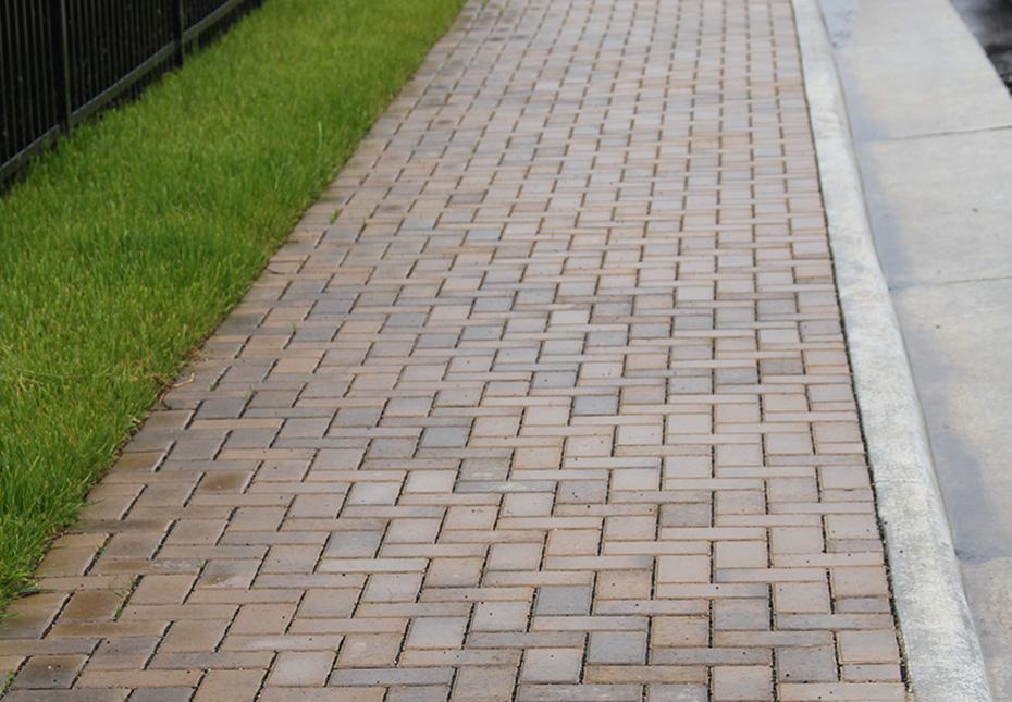 Holland Stone Walkway