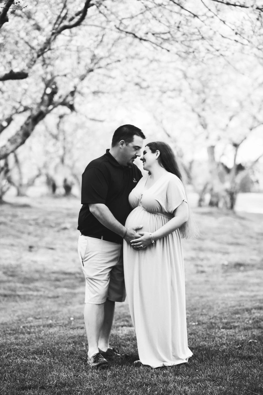 Dossett Maternity-165BW.jpg