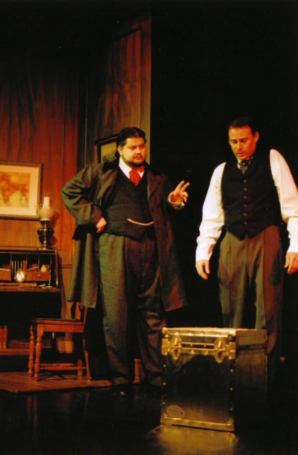 Serge Saika-Voivod (Dr. Neville Craven),James Dundass (Archibald Craven)