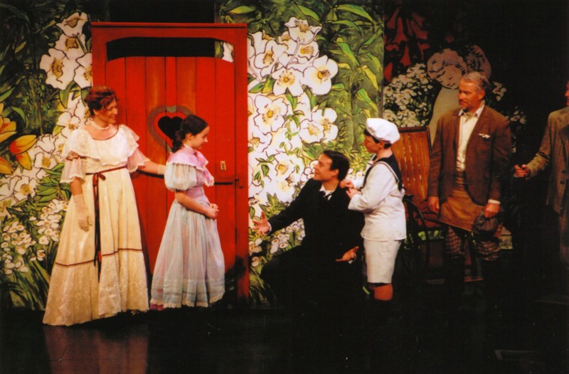 Bronwyn Powell-Wasse (Lily Craven), Melissa Peters (Mary Lennox),  James Dundass (Archibald Craven), Scott Morasch (Colin Craven), Robert Bailey (Ben Weatherstaff)