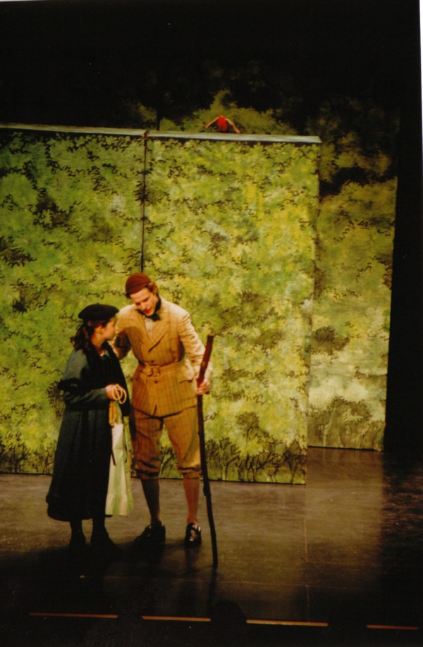 Melissa Peters  (Mary Lennox), Mark Dittmer (Dickon)