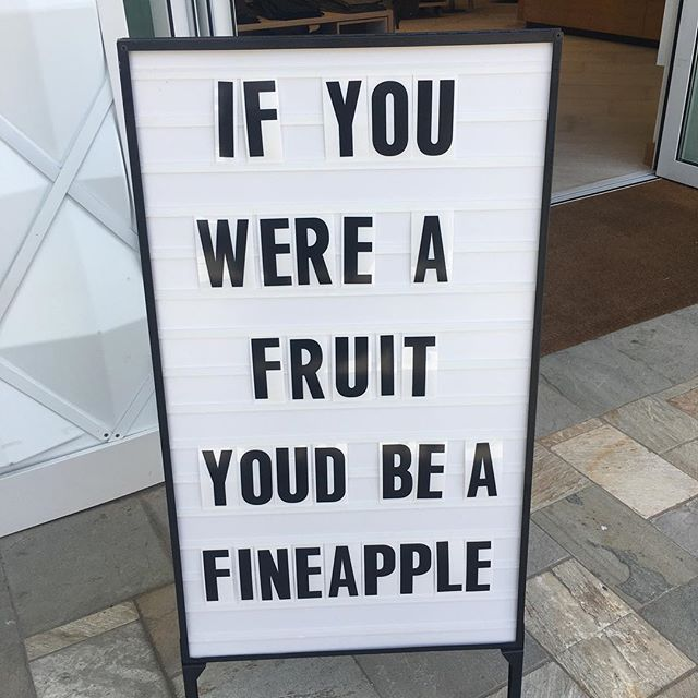 tag your favorite fineapples 🍍🍍🍍