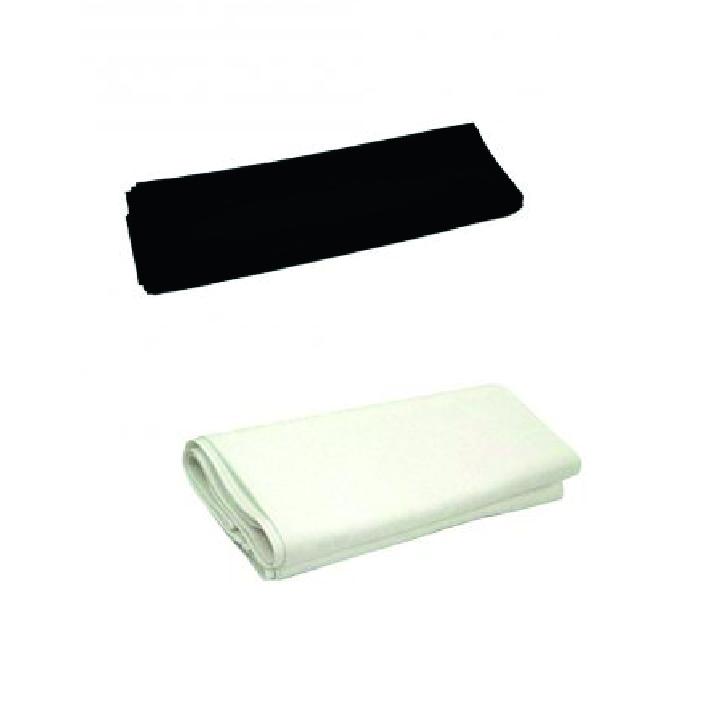Dukar, svart el vit Storlek: 240x130 cm Pris: 110 kr
