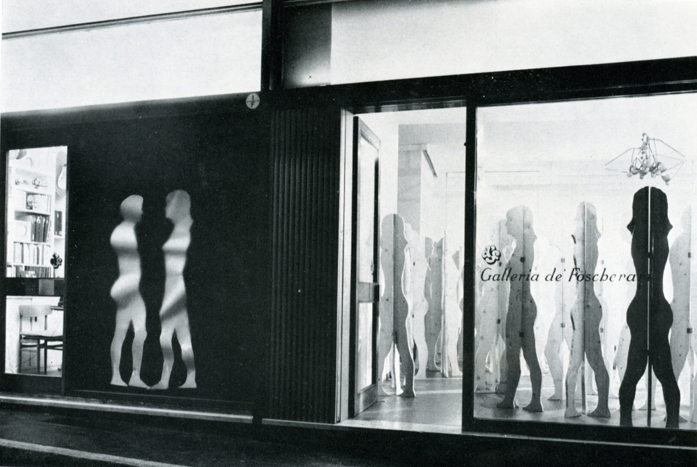 Mario Ceroli 1968 Aria di Daria - GALLERIA DE 'FOSCHERARI..jpg