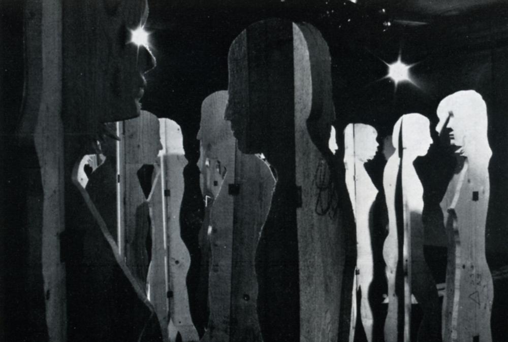 Mario Ceroli 1968 - Aria di Daria - GALLERIA DE'FOSCHERARI.jpg