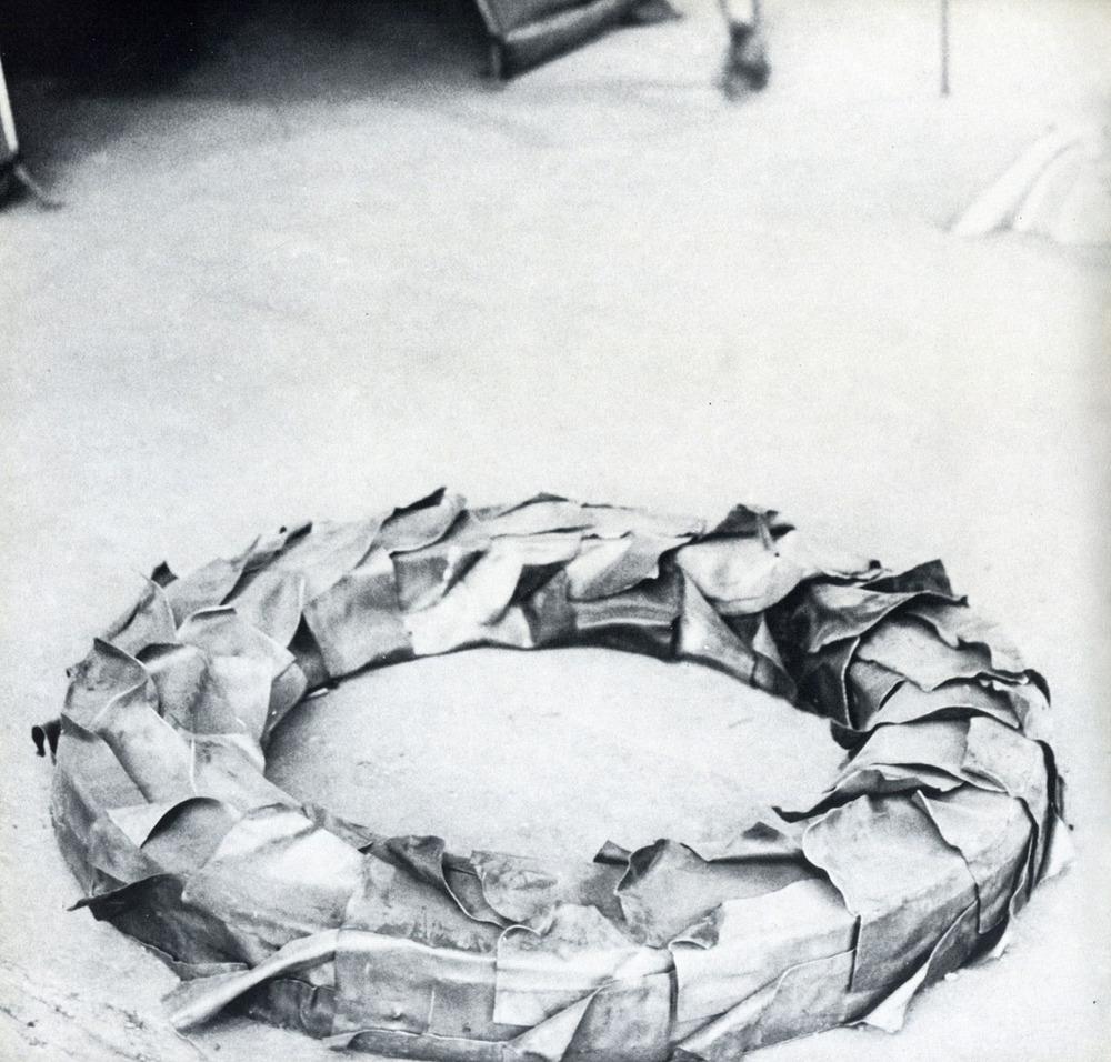 Galleria de foscherari mostra eros ghenos thanatos - 1968 - fabro.jpg