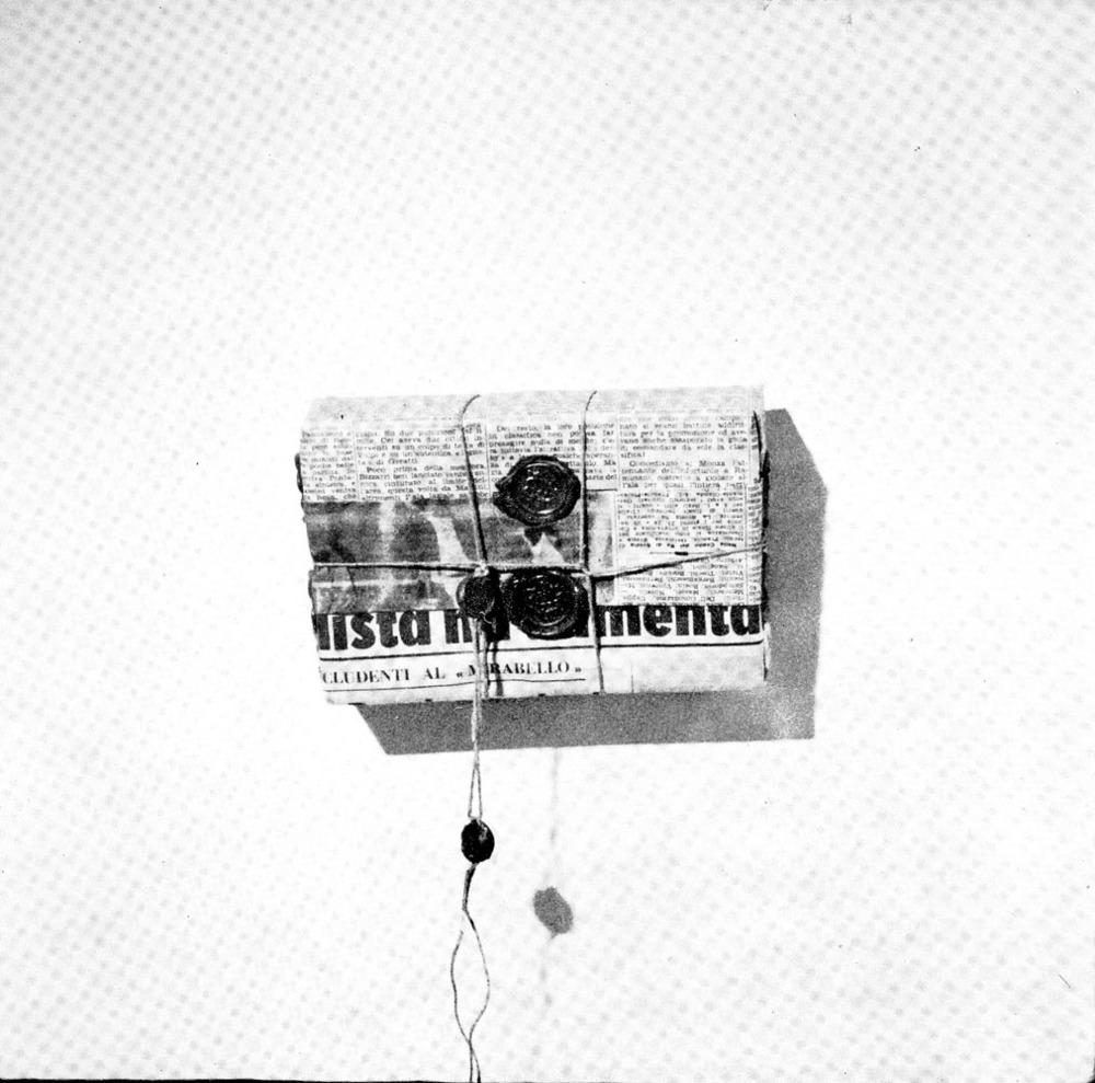 Piero Manzoni - Mostra galleria de foscherari 1974.jpg