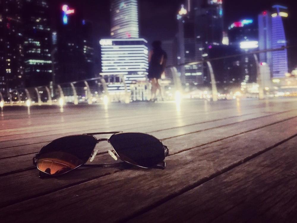 dienastie_singapore_skyline