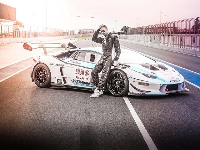 Head of design and founder @10denzy trying out our new lambo. We couldn't be more happy to collaborate with team JR Racing and driver Dasheng Zhang👊🏼 📷@erikbiedron