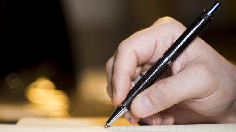 Model C - The classic click, in pen or pencil.
