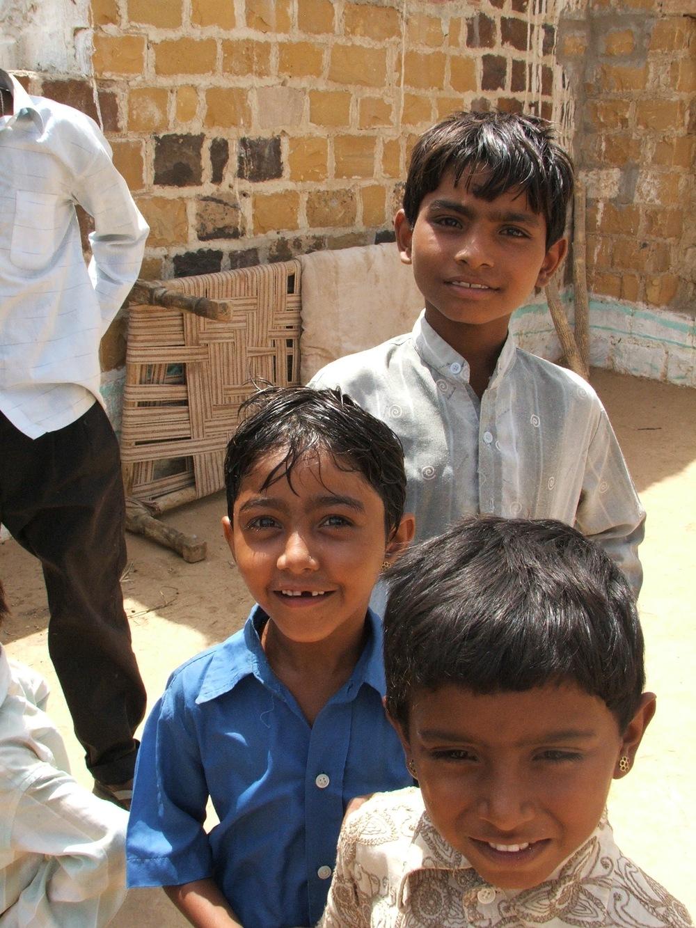 DSCF1143 enfants.JPG