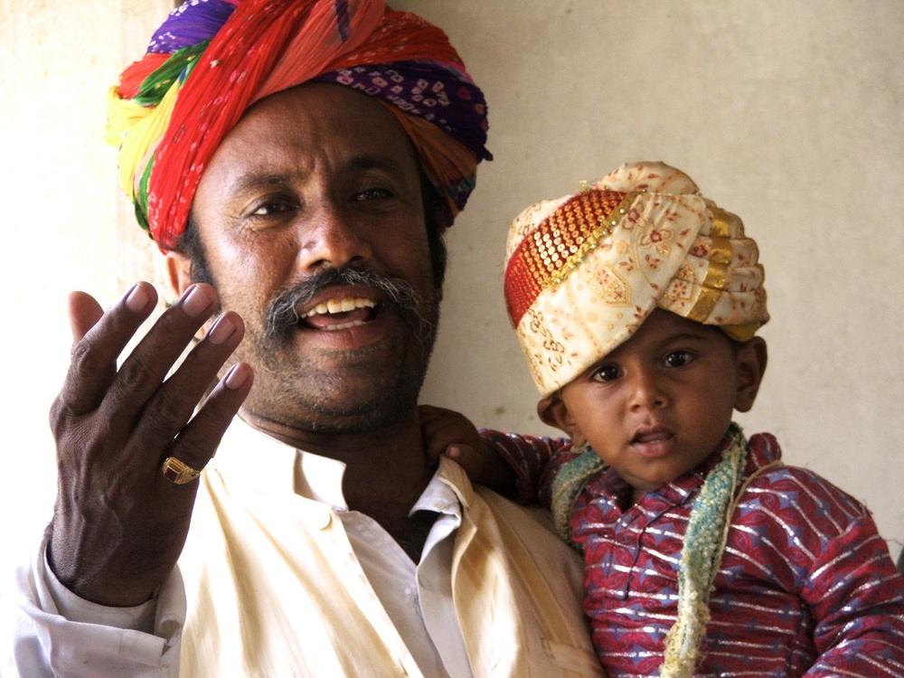 Anouar Khan Manghaniyar © Edith Nicol, 2009.jpg