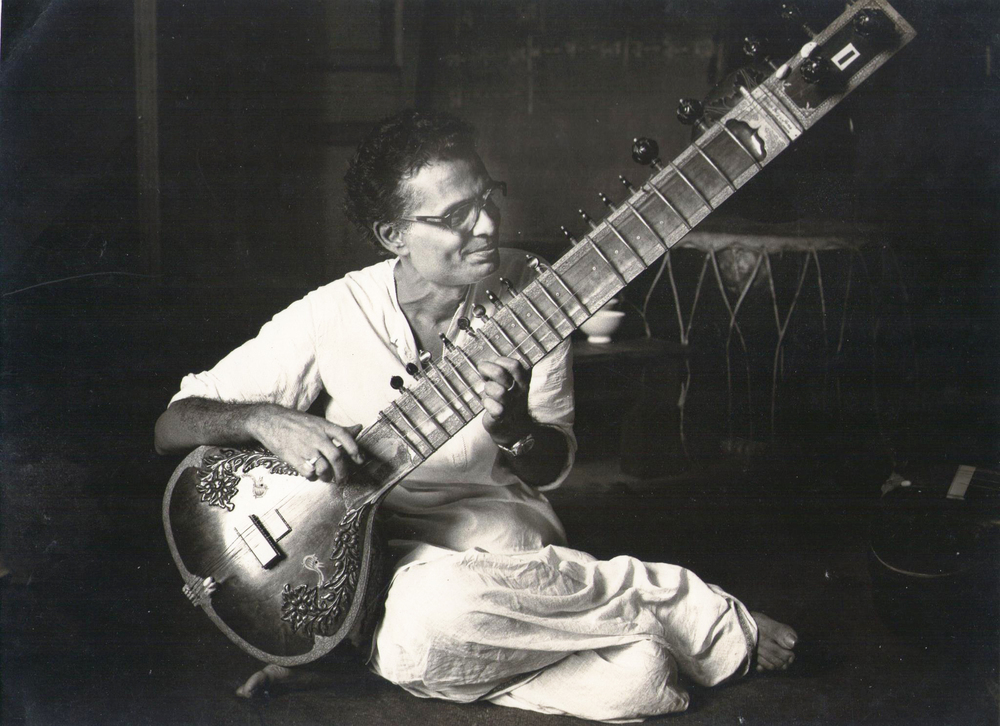 Prof. Santosh Bandopadhyay, current guru of Sougata Roy Chowdhury © Courtesy Roy Chowdhury, private collection / Uncredited