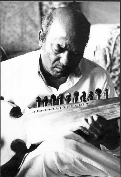 Ustad Ali Akbar Khan, sarod master © Courtesy Roy Chowdhury, private collection / Uncredited
