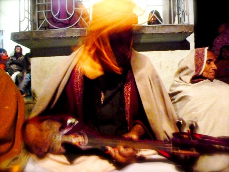 Mansur Fakir's shadow © Edith Nicol, 2012.JPG