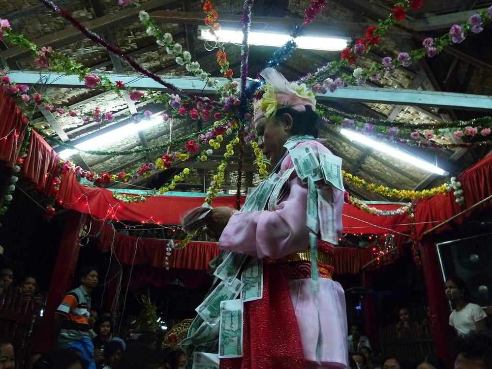 Taung Byone Festival, Mandalay, 2010 © Edith Nicol