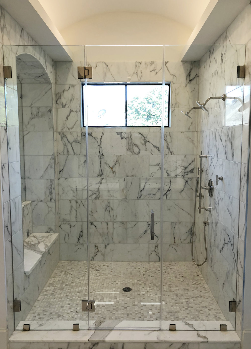 Luxurious marble shower with polished nickel plumbing designed by Berlin Interior Designer Jamie House and built by CM Batts Developers. Jamie House Design interior design and decoration.