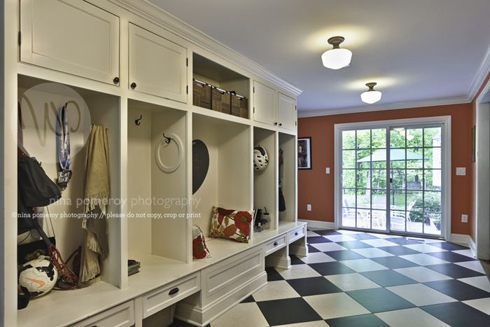 ridgefield mudroom interiors photography ninapomeroy.com