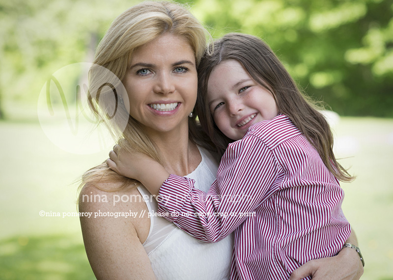 danville photographer. mother daughter hug photographer ninapomeroy.com