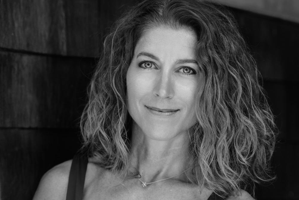 Danville Photographer Trainer Yoga Namaste Fitness Headshot ©ninapomeroy.com