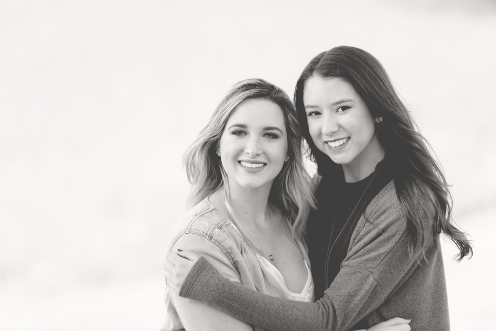 bff best friends photo for senior year graduation yearbook by San Ramon Photographer Nina Pomeroy