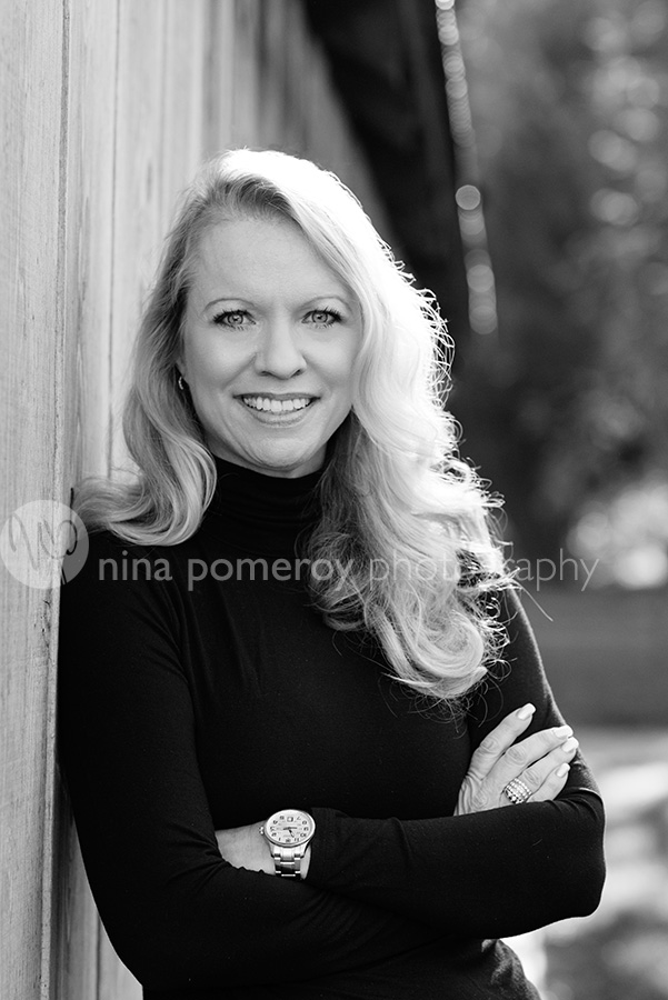 female tech headshot by bay area photographer nina pomeroy