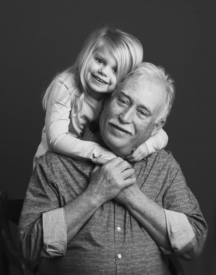 grandpa-granddaughter-portrait-nina-pomeroy.jpg