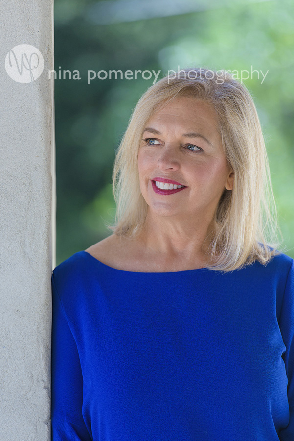 wellness-headshot-pleasanton-author-book-nina-pomeroy-headshot-photographer.jpg