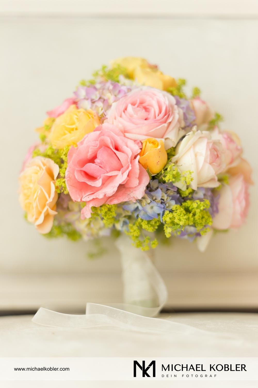 Brautstrauß von:www.blumeningrid-floralekonzepte.at