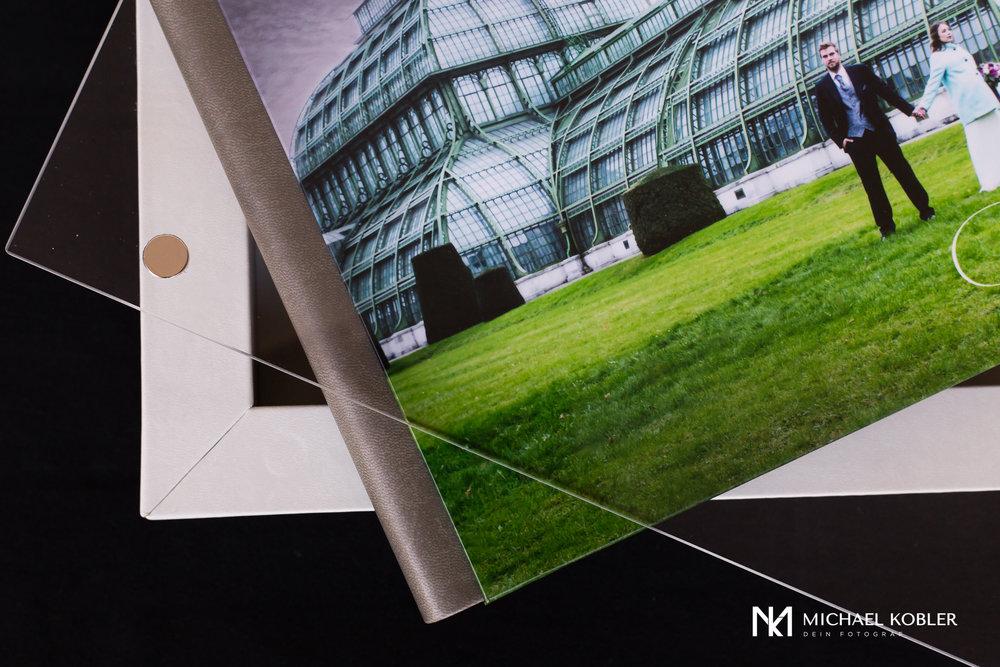 MidBook album-2.jpg