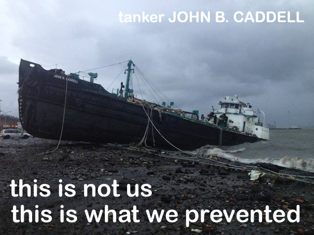 tanker John-B-Caddell aground-w-caption.jpg