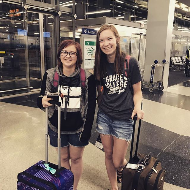 Annndd they're off!!! Please join us today as we pray Jaelyn and Emily in to Haiti!! Their plane leaves at 7am (8am Indiana time) and they should arrive in Port-Au-Prince around 3:30 this afternoon. #jaemilytohaiti 🇺🇸✈️🇭🇹