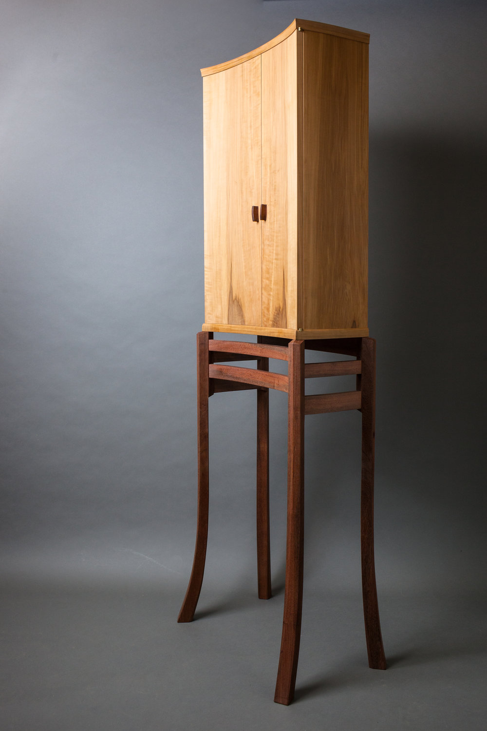 Composing Cabinet by  Refeal Greenblatt   Photography by Tim Andries