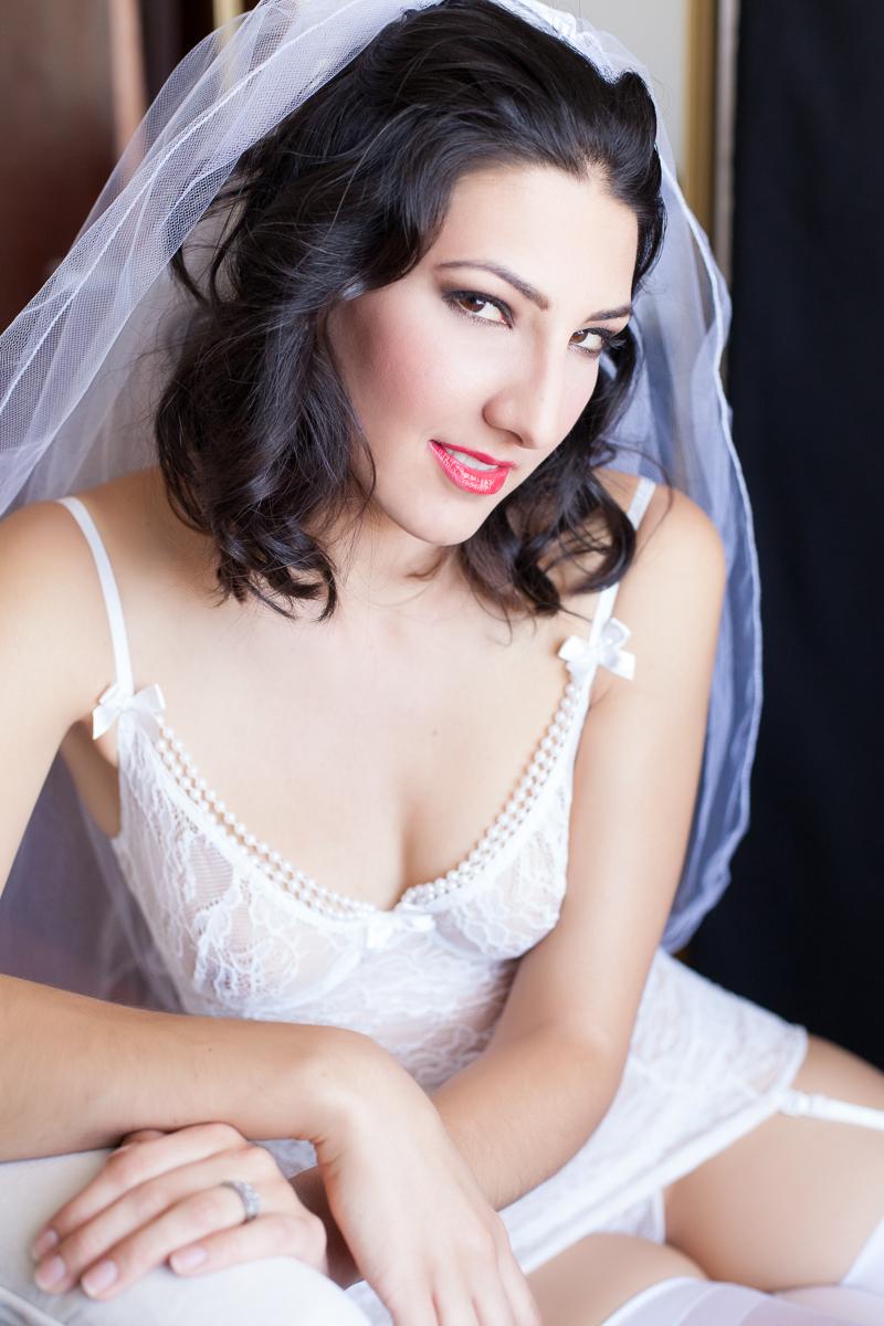 Los angeles Bridal boudoir