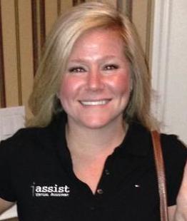 Brielle Giesen, Communications