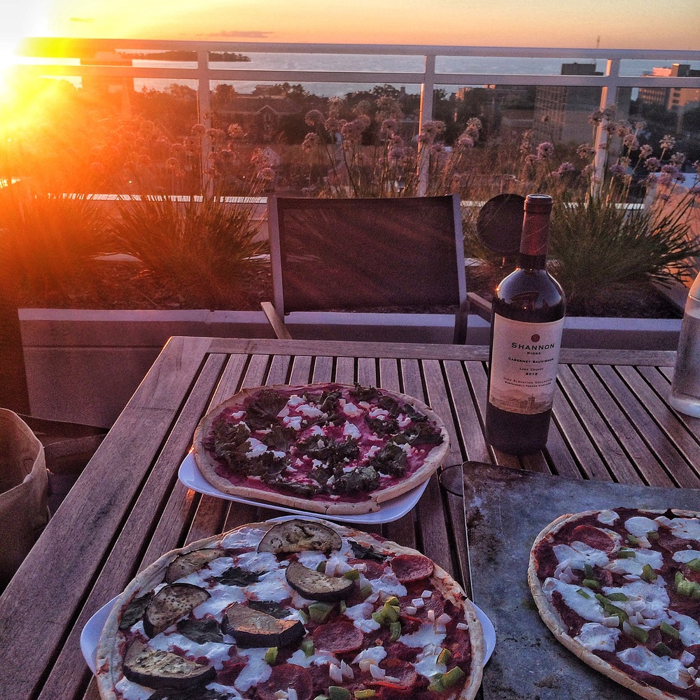 Delicious pizza, lake views, good company - what more could you want??