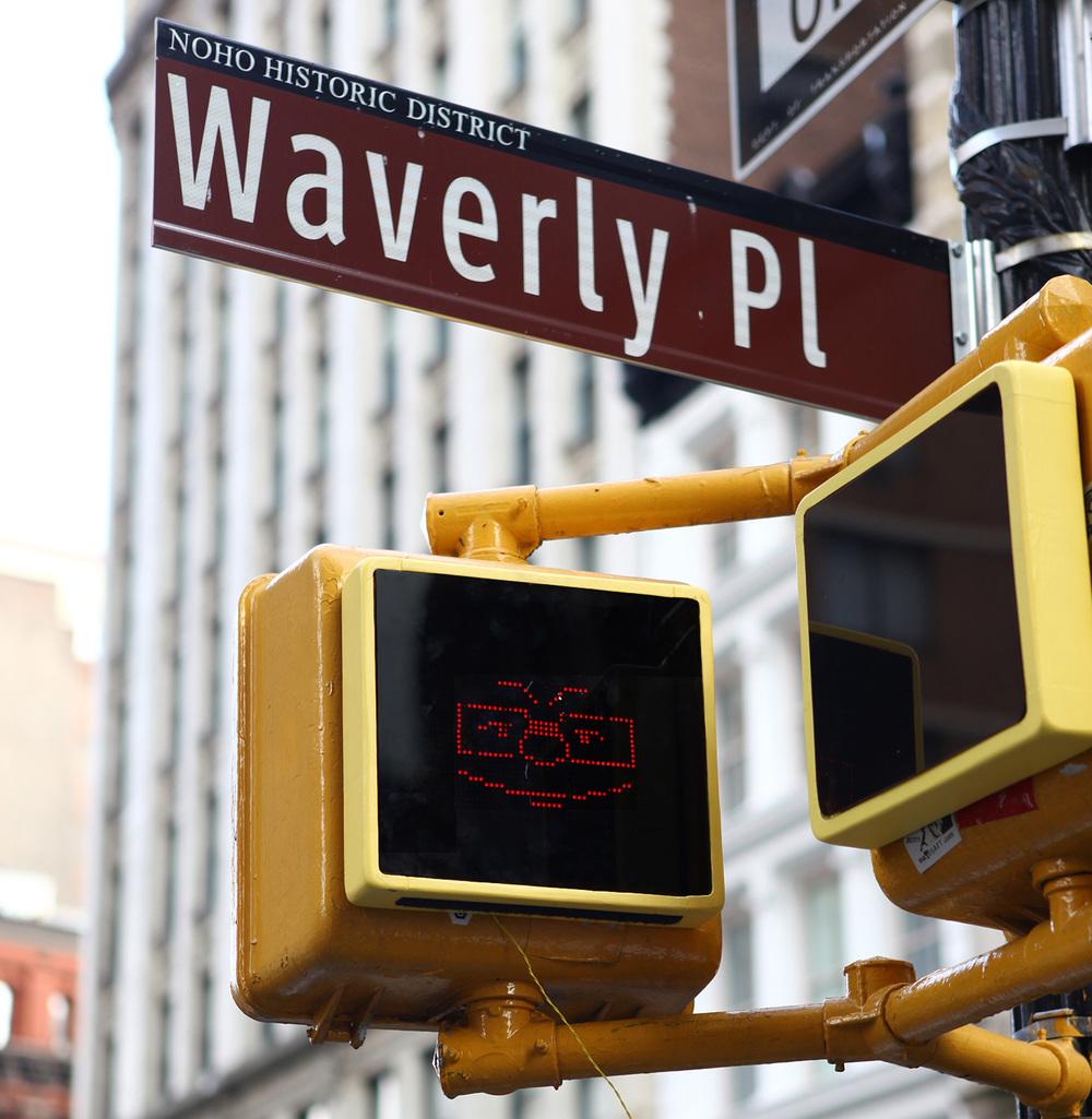 Pop Pop - a Living Pedestrian Signal