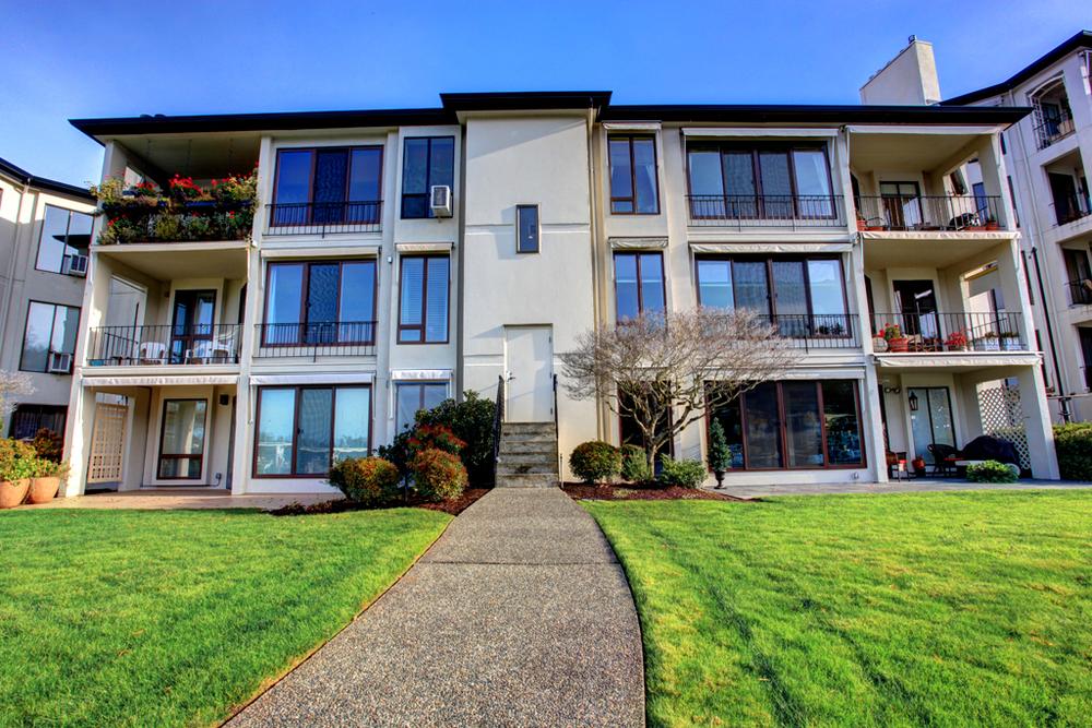 101 Meydenbauer Condominiums