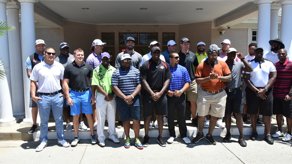 2016 TDDDF Golf Event group picture