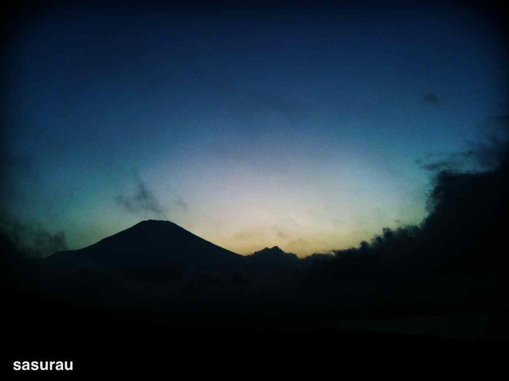 3356859-photo_by_camerakit.jpg