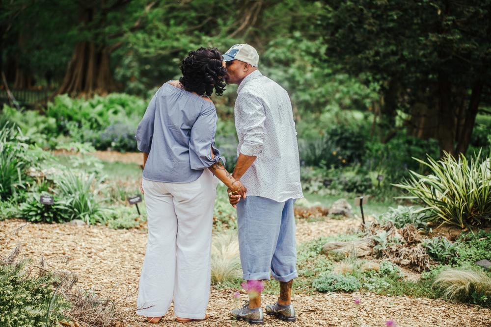 Cylburn-Arboretum-Engagement-Photos-Maryland-Lyn-Leland-Photography0129.jpg