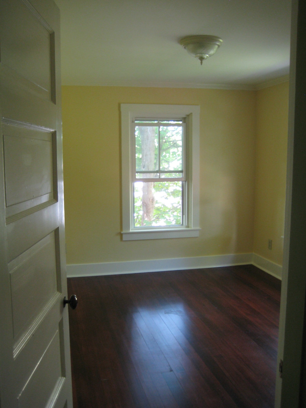 woodruff yellow bedroom.jpg