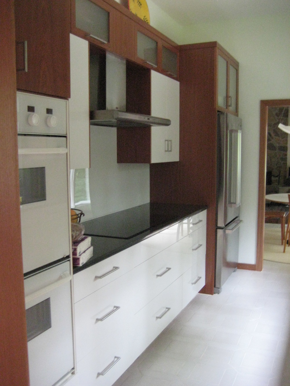 gloor kitchen I.jpg