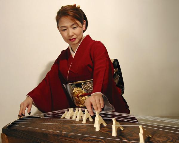 Masayo_red_kimono.jpg