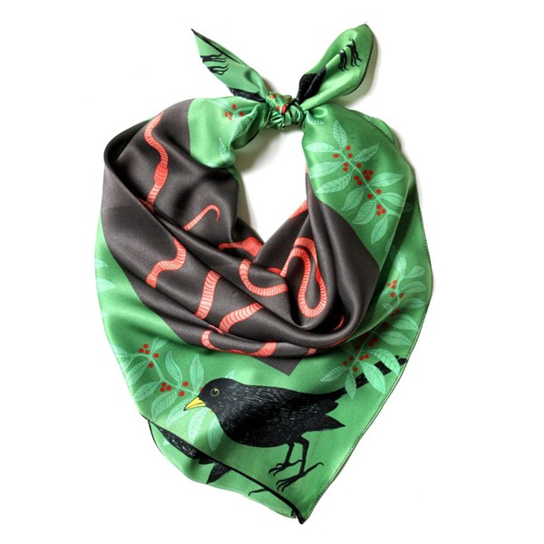earthworm-scarf.jpg