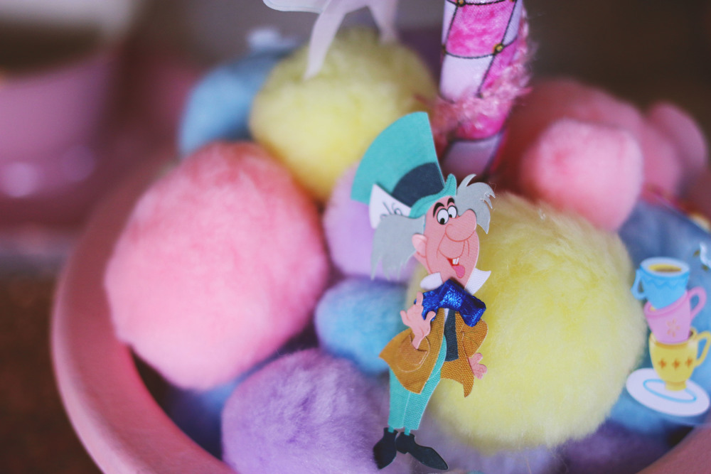 Aline in Wonderland4.jpg